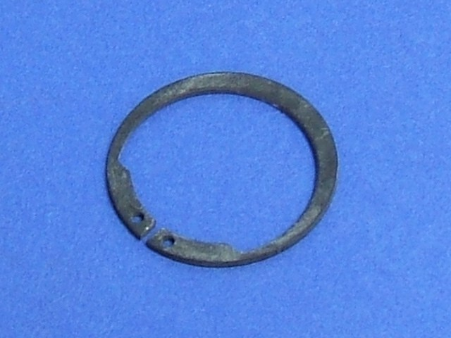 Circlip - Mainshaft to Centre Bearing
