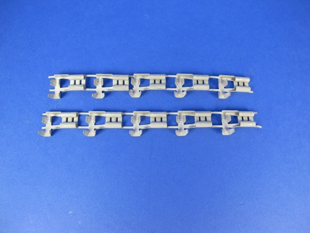 Female Lucar Terminal - 1/4 Rightangle (Pack of 10)